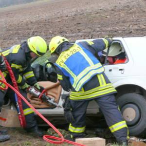 Autofahrer verunglückt bei Verkehrsunfall in Brockdorf