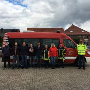 Kameraden machen Feuerwehrführerschein