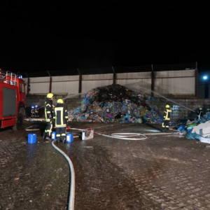 Brand von Abfällen auf Recyclinghof