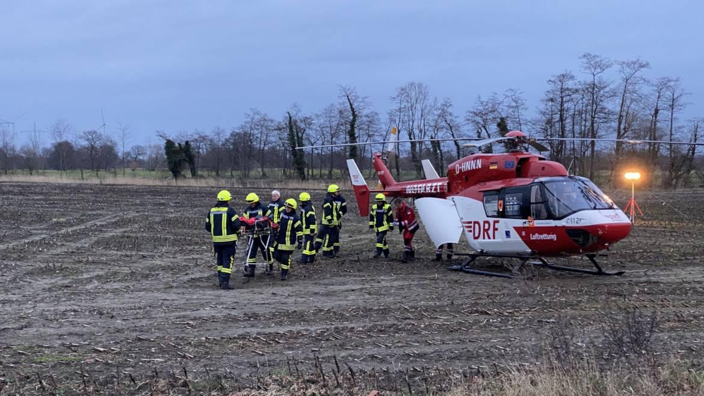 Ausleuchten für Rettungshubschrauber nach Verkehrsunfall